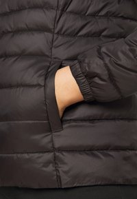 ONLY Carmakoma - CARTAHOE HOOD JACKET  - Light jacket - black - 5