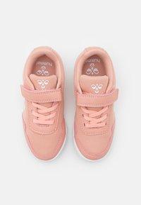Hummel - AERO TEAM - Handball shoes - dusty pink - 3