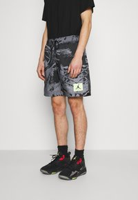 Jordan - POOLSIDE - Shorts - black - 0