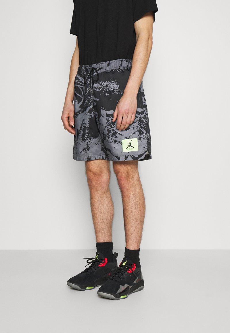 Jordan - POOLSIDE - Shorts - black