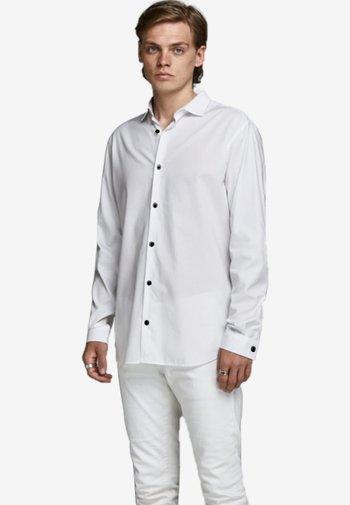 JPRVICTOR SLIM FIT - Shirt - white