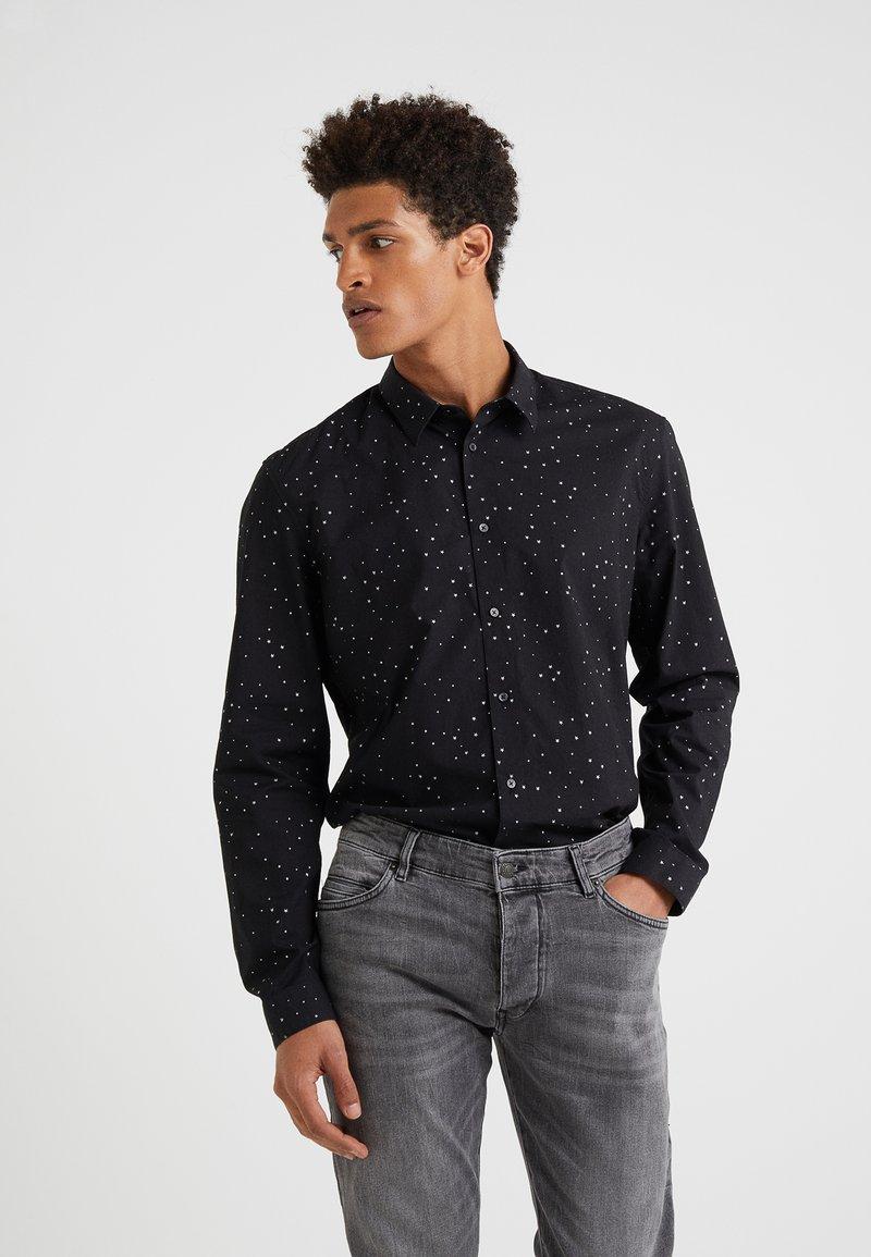 DRYKORN - RUBEN - Shirt - black