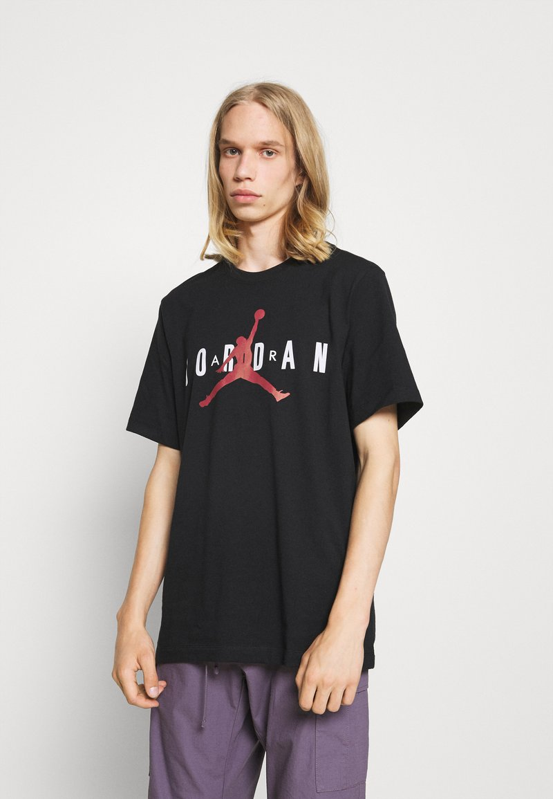 Jordan - JORDAN AIR TEE - Print T-shirt - black/white/gym red