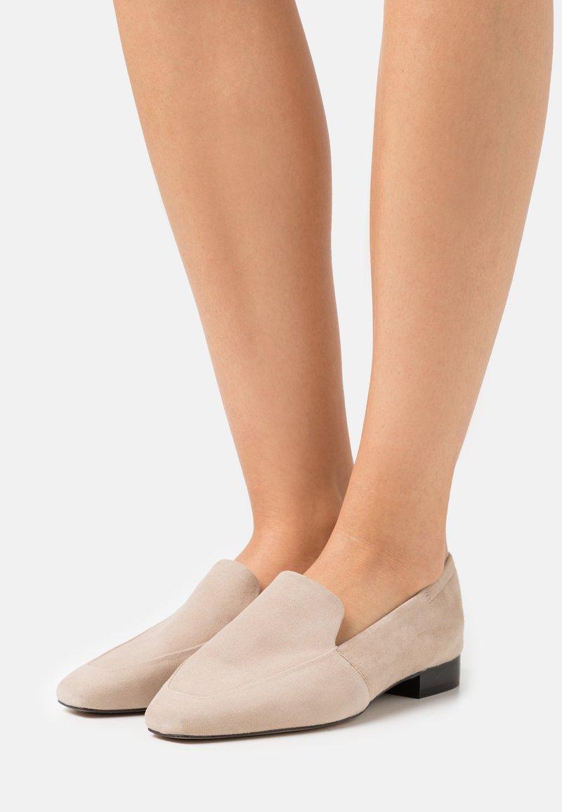 ZIGN Wide Fit - Nazouvací boty - beige