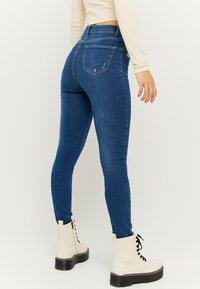 TALLY WEiJL - Jeans Skinny Fit - dark blue denim - 2