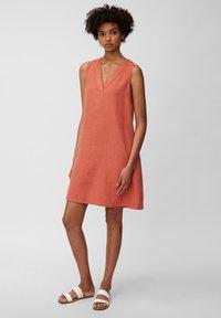 Marc O'Polo - DRESS - Sukienka letnia - burnt orange - 1