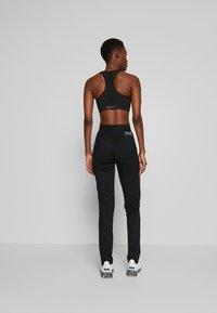 ONLY PLAY Tall - ONPJOY PANTS TALL - Pantalones deportivos - black/turbulence/strawberry pie - 2