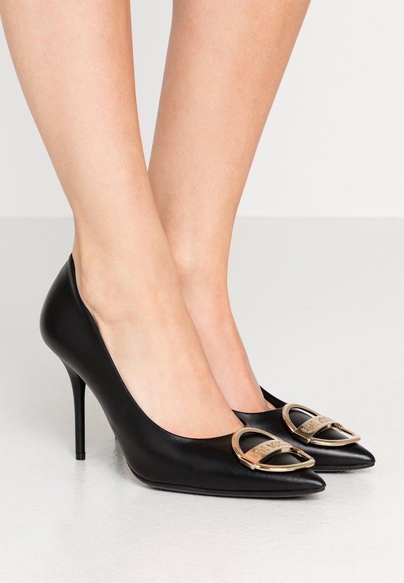 Love Moschino - DAILY LOVE - High Heel Pumps - black