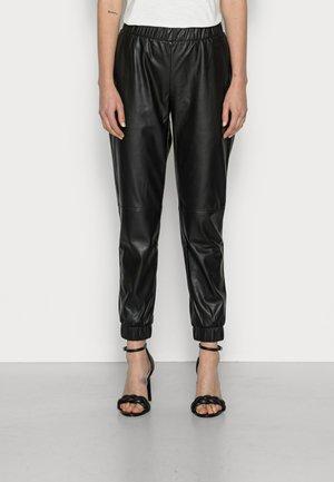 RECYCLED JOGGER PANT - Kalhoty - black