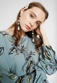 Vero Moda - VMSUS SHORT DRESS - Kjole - slate - 5