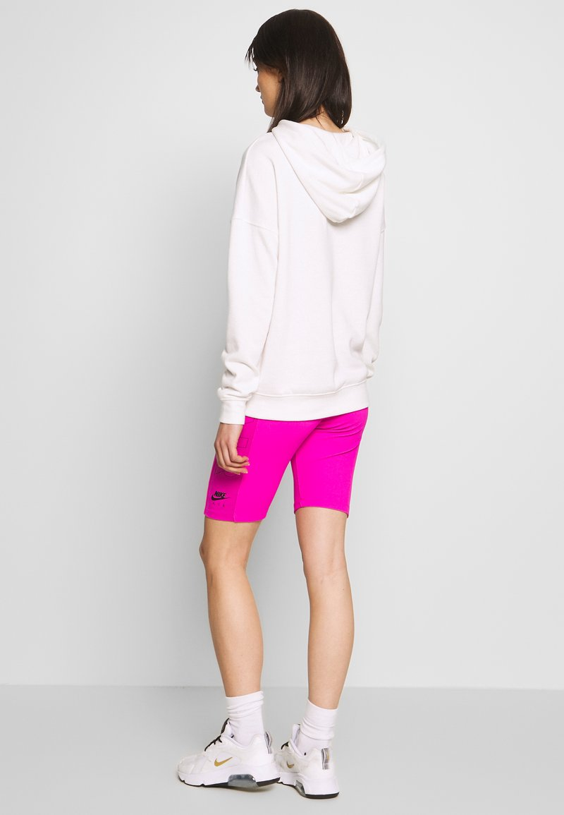 Nike Sportswear - W NSW AIR BIKE - Kraťasy - fire pink