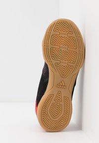 adidas Performance - PREDATOR 20.4 IN SALA - Halówki - core black/active red - 5