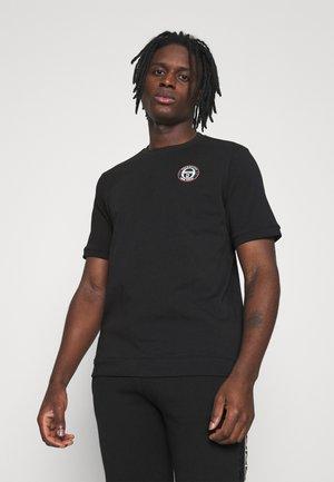 FIRE - Basic T-shirt - black