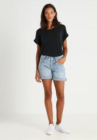 Culture - KAJSA - T-shirts - black wash - 1
