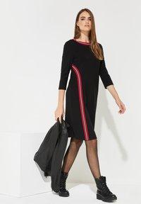comma casual identity - MIT STREIFEN - Day dress - black - 1