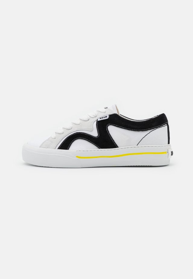 SCARPA SHOES - Matalavartiset tennarit - white