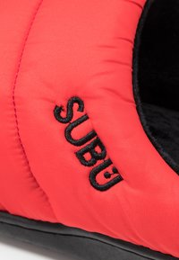 SUBU - SUBU SLIP ON - Klapki - red - 5