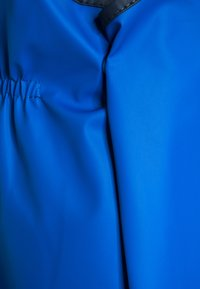 Playshoes - REGENANZUG HAI ALLOVER SET  - Kurahousut - blau - 6