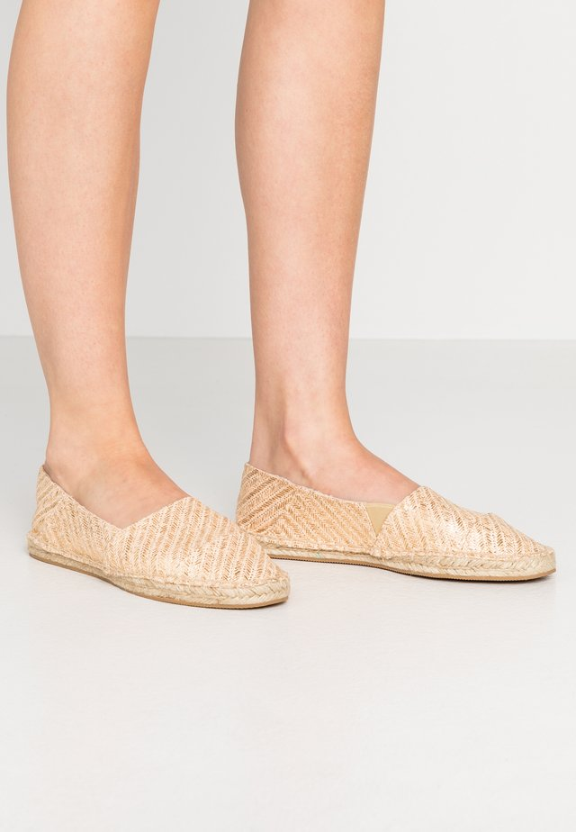LOWER - Espadrilles - gold