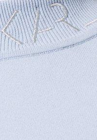 KARL LAGERFELD - LOGO MOCK NECK - Pullover - cashmere blue - 6