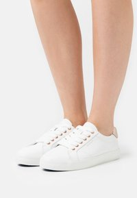 GANT - SEAVILLE  - Sneakers - bright white/rose gold - 0