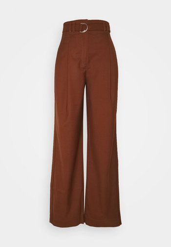 STRETCH SUITING TIE WAIST PANTS