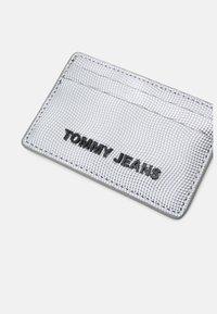 Tommy Jeans - ESSENTIAL HOLDER - Wallet - grey - 3