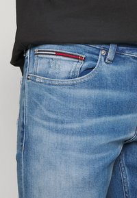 Tommy Jeans - SCANTON SLIM - Slim fit jeans - denim - 3