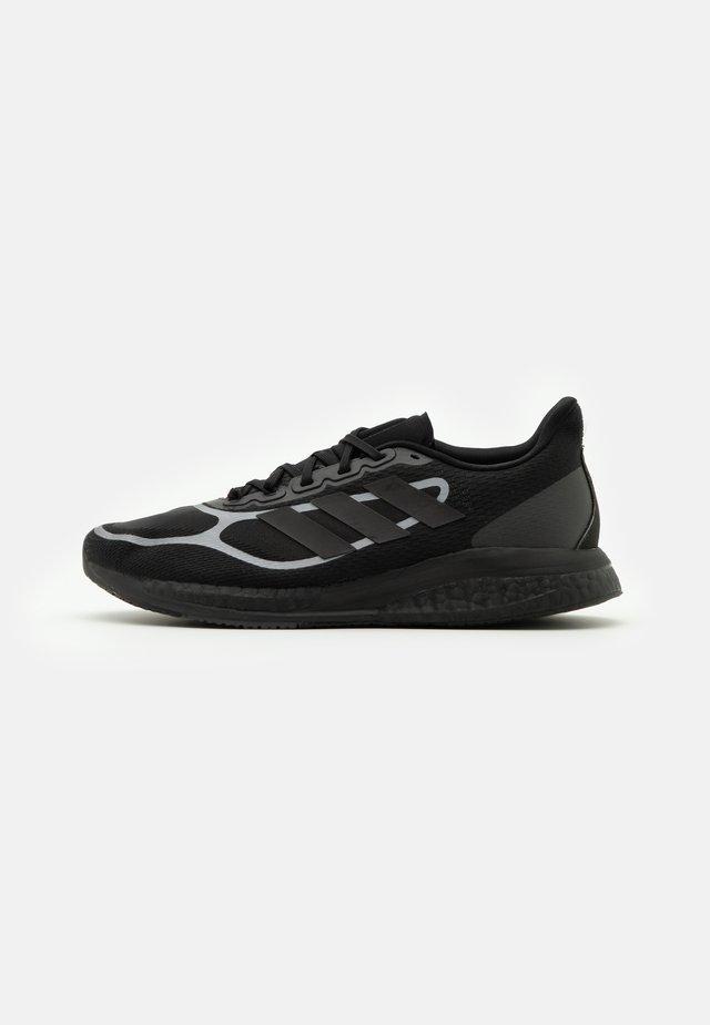 SUPERNOVA  - Neutral running shoes - core black/iron metallic