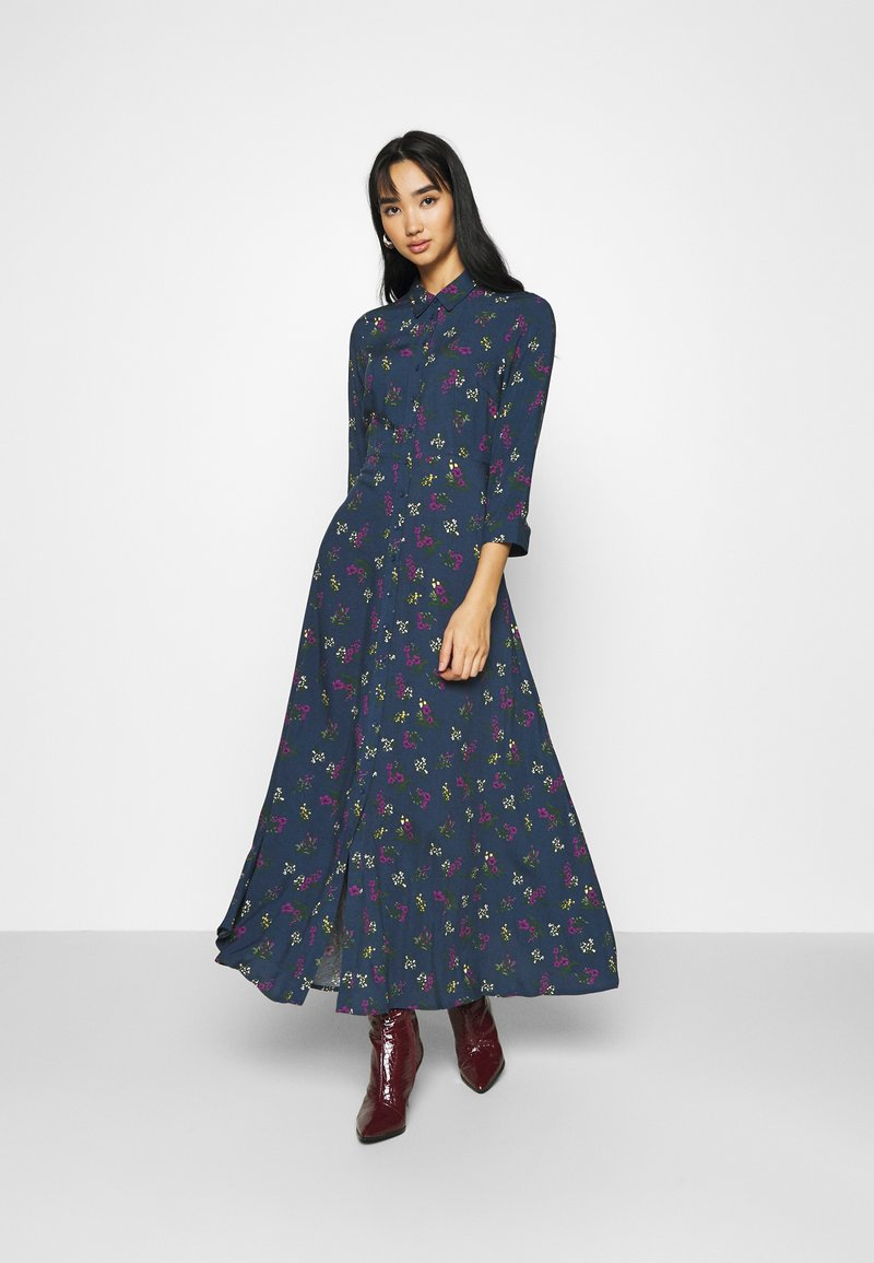 YAS - YASSAVANNA FLOWER LONG DRESS - Vestito lungo - ensign blue
