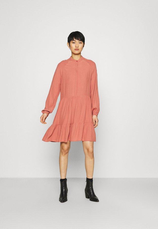 MARRANIE - Shirt dress - cedar wood