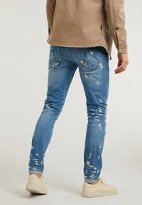 CHASIN' - EGO ZYON - Slim fit jeans - blue - 1