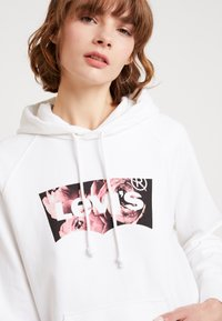 Levi's® - GRAPHIC HOODIE - Hoodie - white - 3