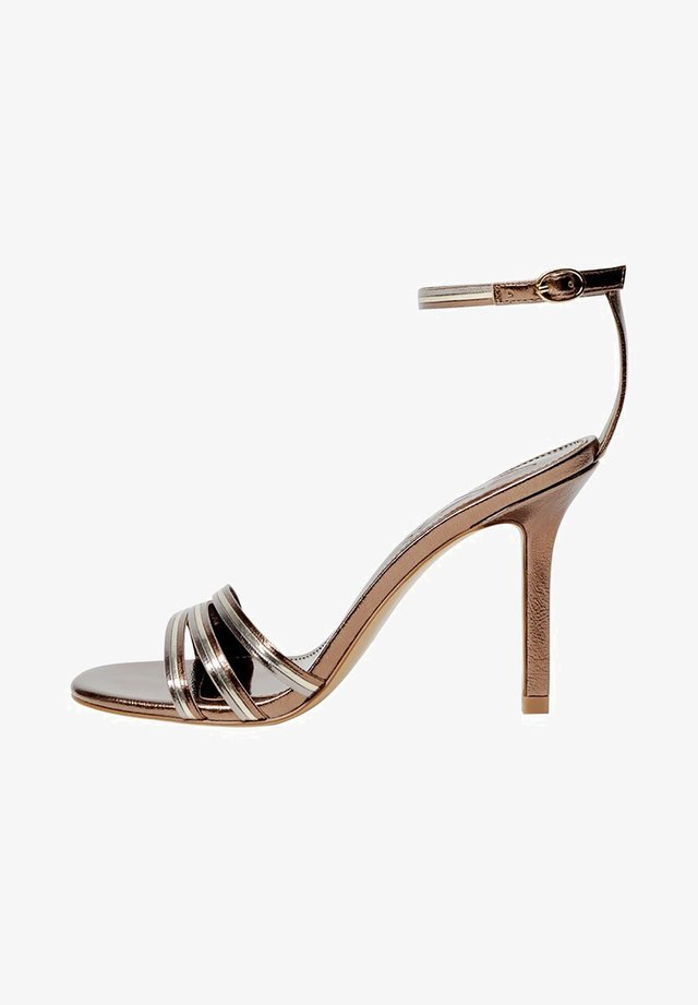 DIANA - Sandały na obcasie - oro