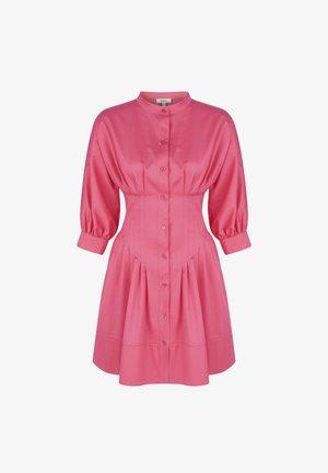 BALOON ARMS - Shirt dress - fuschia