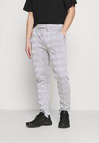 Topman - CHECK JOGGER - Pantaloni sportivi - grey - 4