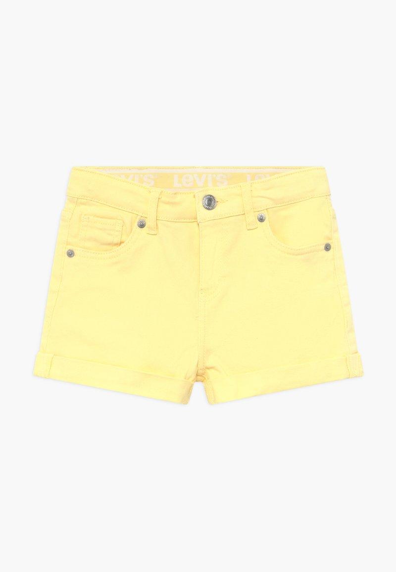 Levi's® - GIRLFRIEND - Denim shorts - pale banana