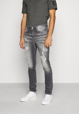 CKJ 058 SLIM TAPER - Jeansy Zwężane - denim grey