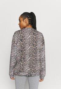 Onzie - BOYFRIEND  - Sweatshirt - leopard - 2