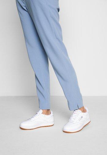 CLUB C DOUBLE - Sneakersy niskie - white