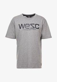 WeSC - Triko spotiskem - grey - 3