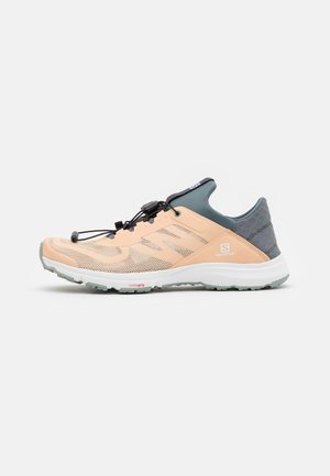 AMPHIB BOLD 2  - Hikingsko - almond cream/stormy weather/slate