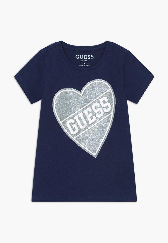 TODDLER HIGH LOW - T-shirt z nadrukiem - deck blue