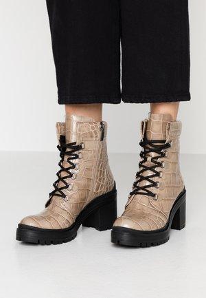 Ankle boots - faggio