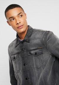 Nudie Jeans - JERRY - Denim jacket - black midnight - 3