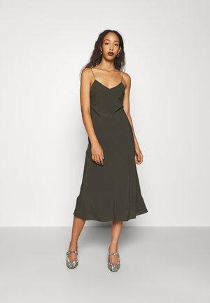 VALERIE LONG SLIP - Cocktail dress / Party dress - green