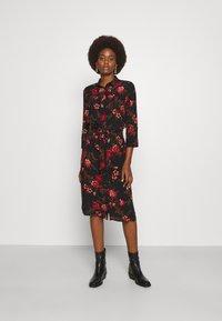 ONLY Tall - ONLNOVA LONG SHIRT DRESS - Košilové šaty - black - 0