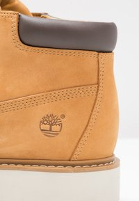 Timberland - KENNISTON NELLIE - Nilkkurit - wheat - 5