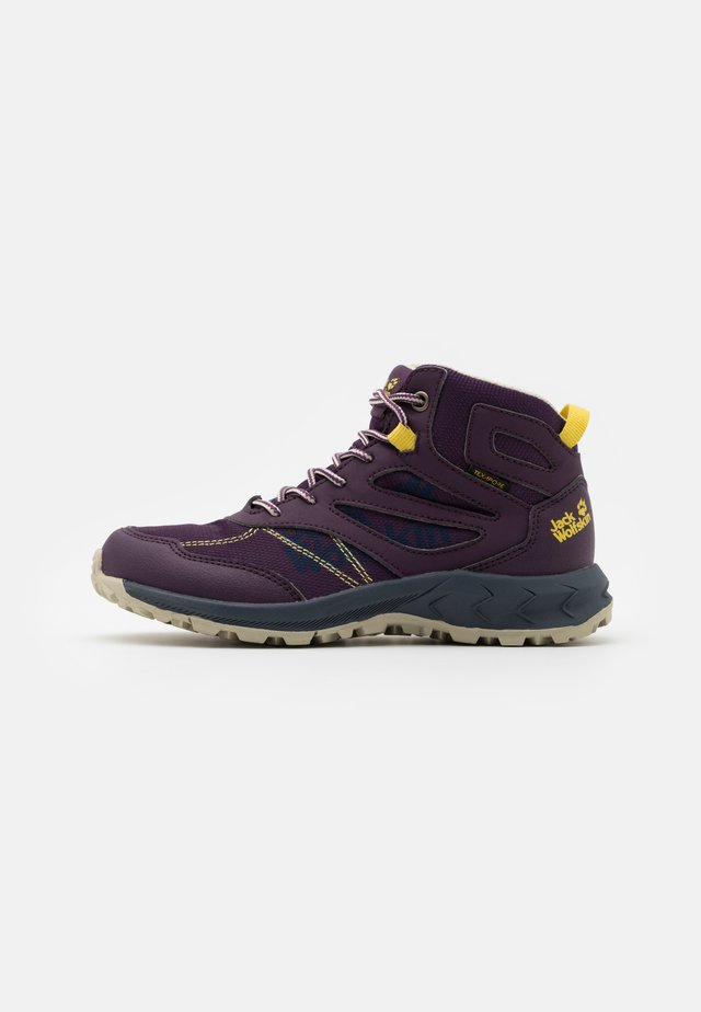 WOODLAND TEXAPORE MID UNISEX - Hiking shoes - purple/yellow