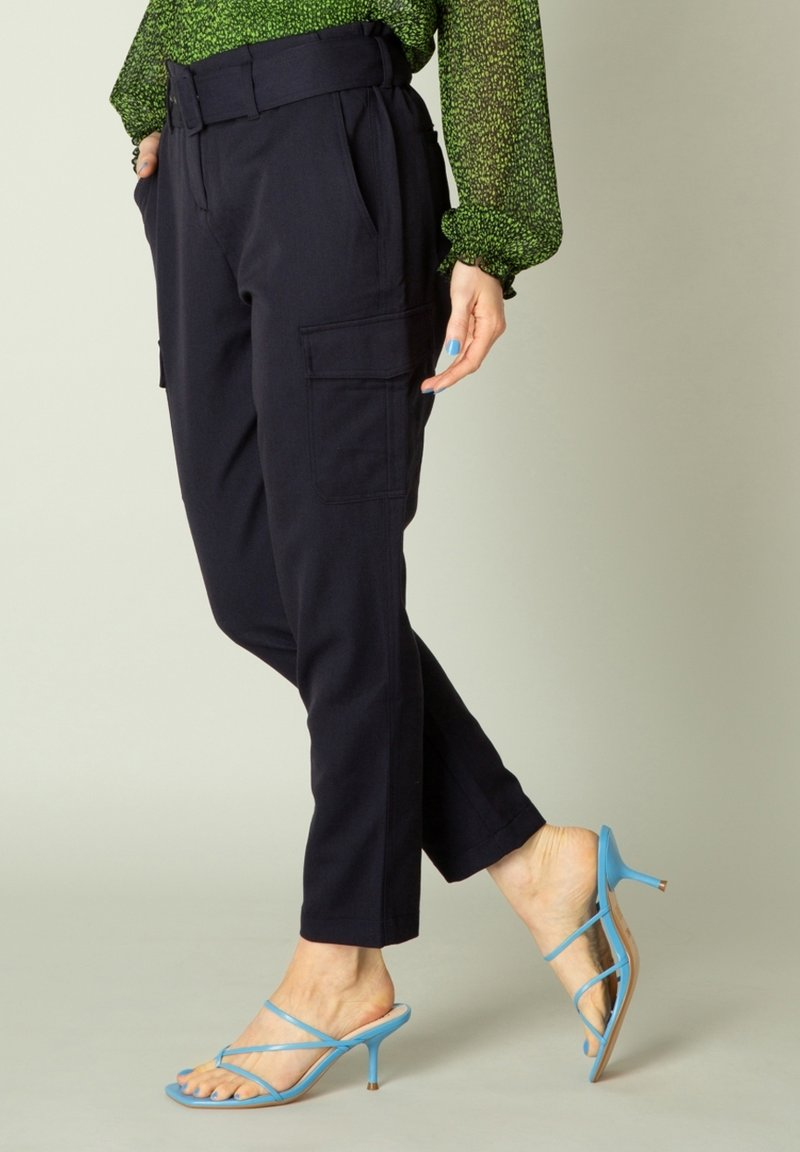 Yest - Cargo trousers - dark blue